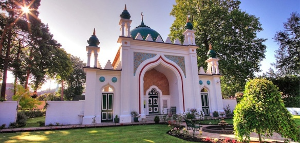 shah-jahan-mosque-gallery_0